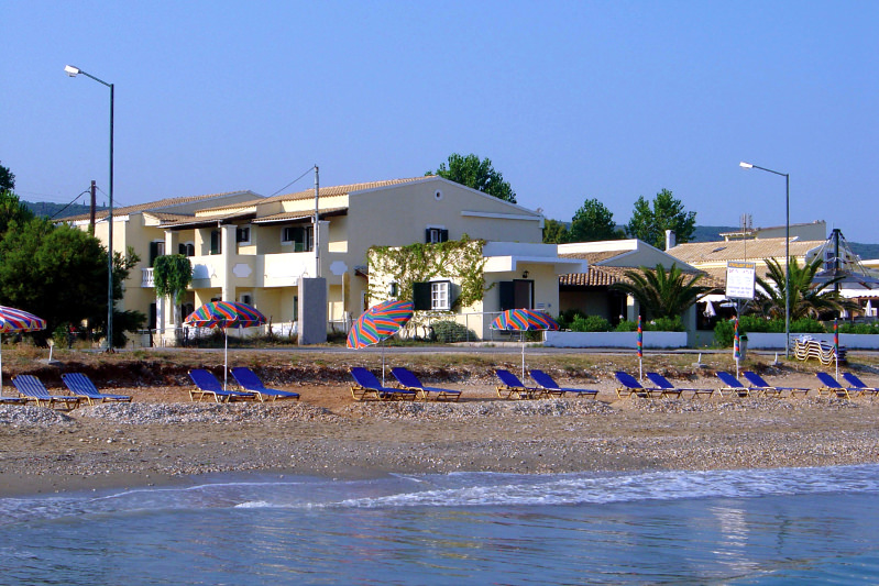 BeachFront Salvanos - Acharavi